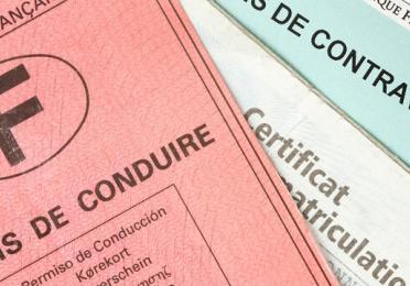 Avis de contravention avec permis de conduire