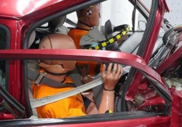 visuel130 les crash tests euro ncap un systeme de notation a-suivre